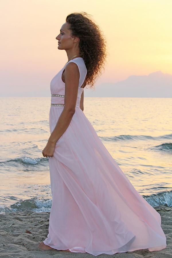 Matrimonio In Spiaggia Outfit : Come vestirsi per un matrimonio in spiaggia consigli